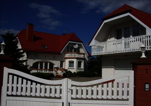 maly bialy domek in sianozety bei Kolberg an der Ostsee, herzlich willkommen bei Josef und Ewa Bartoszek, Appartments, Zimmer, Haus, Urlaub in Polen an der Ostsee, ferie,wakacje,baltyk,